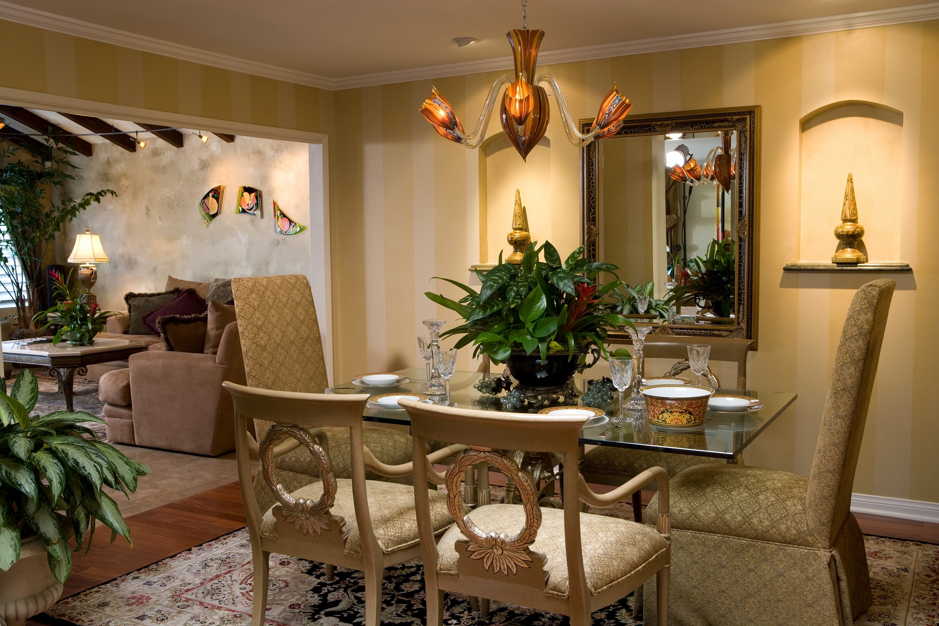 Elegant Dining Room with Faux Finishing - Villa Park, CA